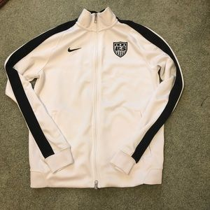 EXCLUSIVE Nike team USA soccer jacket
